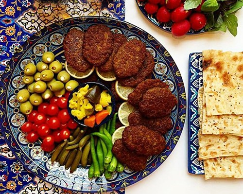 Iran-traveling to Iran-tourism-Iran foods-iranian food-traditional food- food recipe- iranian food recipe-delicious food-dining traditions- food traditions
